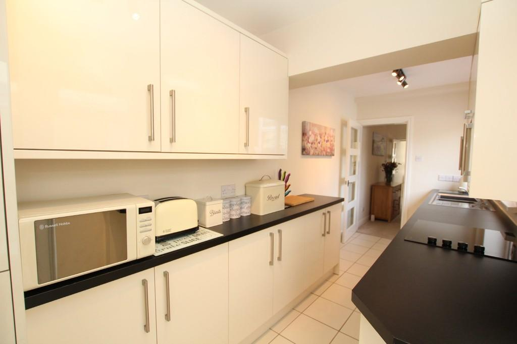 2 Bedrooms Terraced House for sale in Aberdare Street, Barrow-In-Furness