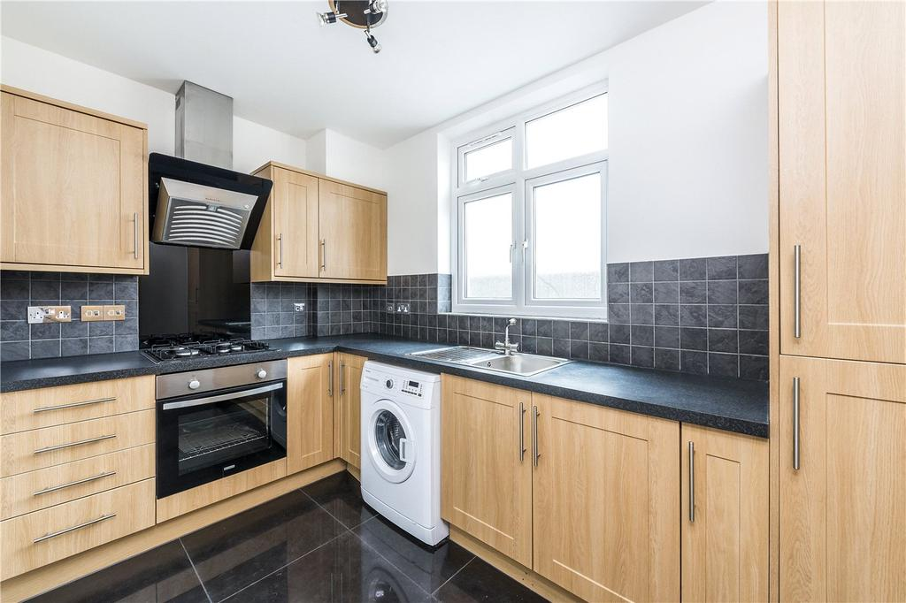 1 Bedroom Flat for sale in Meopham Road, Mitcham, London, CR4