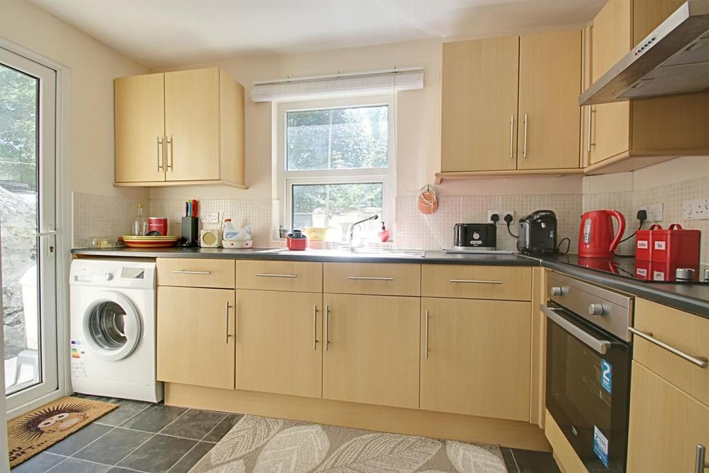 3 Bedrooms Terraced House for sale in Knighton Road, St Judes