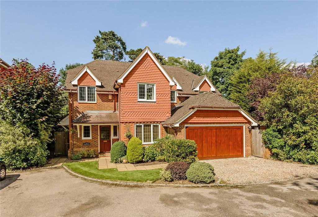 5 Bedrooms Detached House for sale in Winkfield Row, Winkfield, Berkshire