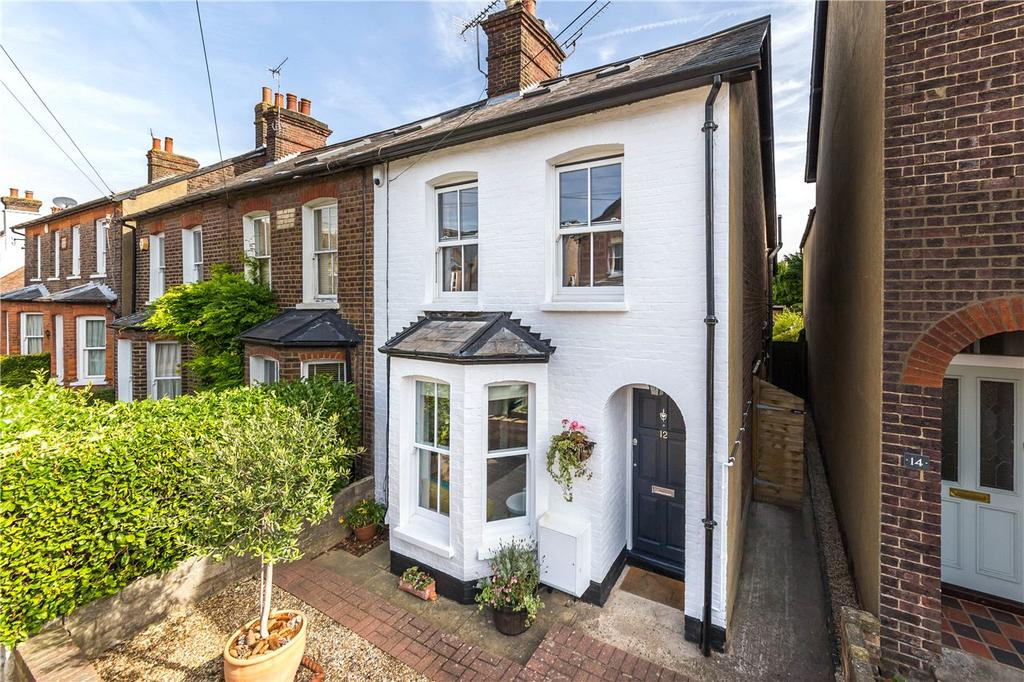 3 Bedrooms End Of Terrace House for sale in Cowper Road, Harpenden, Hertfordshire