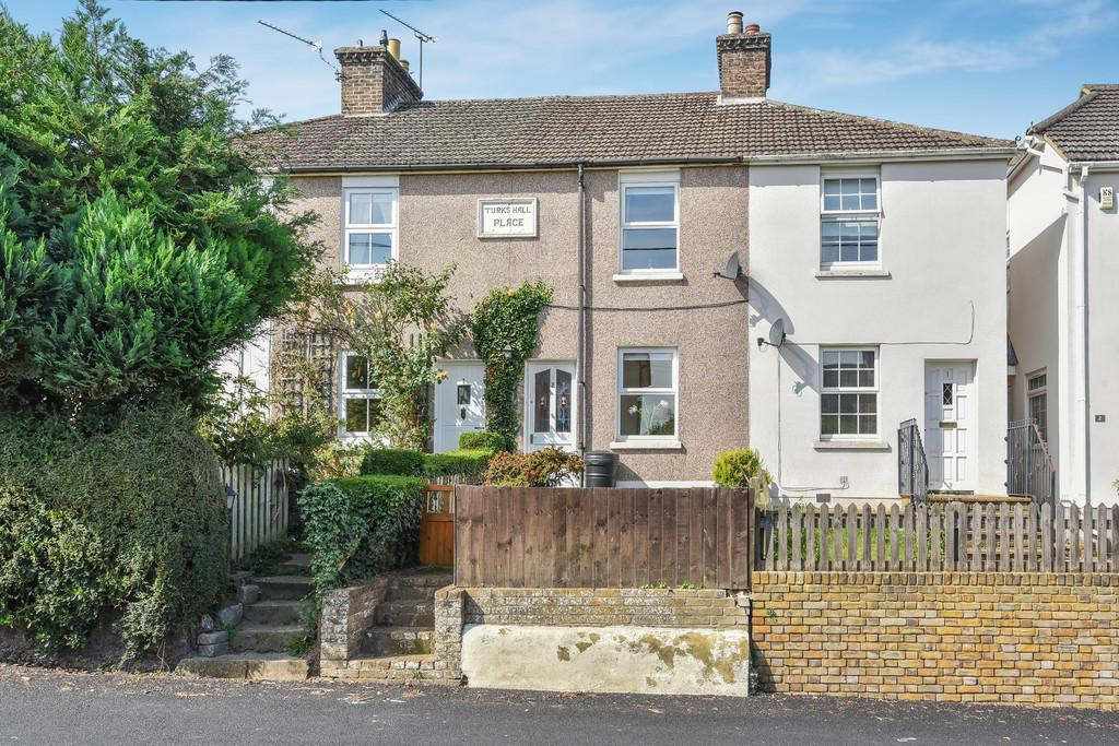 2 Bedrooms Terraced House for sale in The Street, Upper Halling