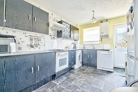 3 bedroom terraced house for sale - Pyhill, Bretton, Peterborough