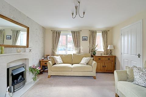 3 bedroom detached house for sale - Poppy Road, Witham St Hughs