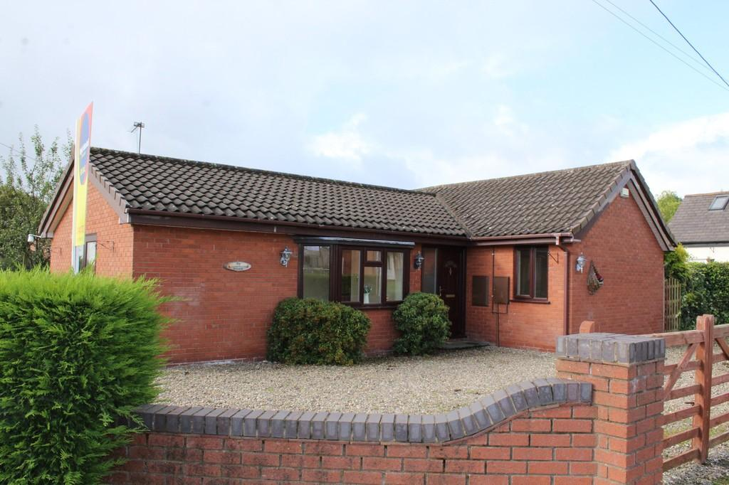 2 Bedrooms Detached Bungalow for sale in Well Street, Malpas