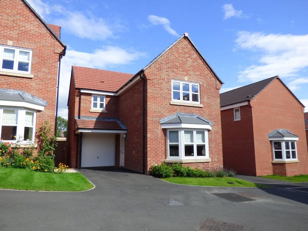 3 Bedrooms Detached House for sale in Lodge Farm Chase, Ashbourne