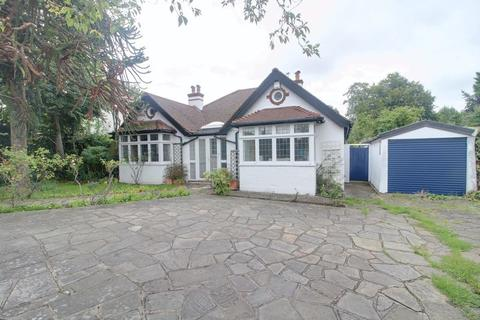 4 bedroom detached bungalow for sale - Woodcote Road, West Purley