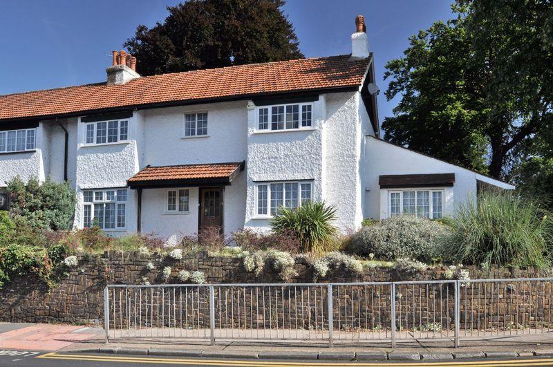 4 Bedrooms Semi Detached House for sale in Bridgen Road, Bexley