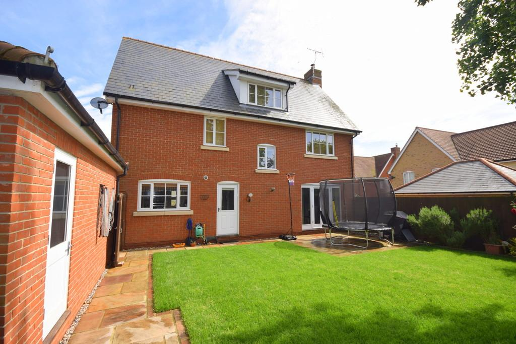 5 Bedrooms Detached House for sale in School Lane, Great Leighs