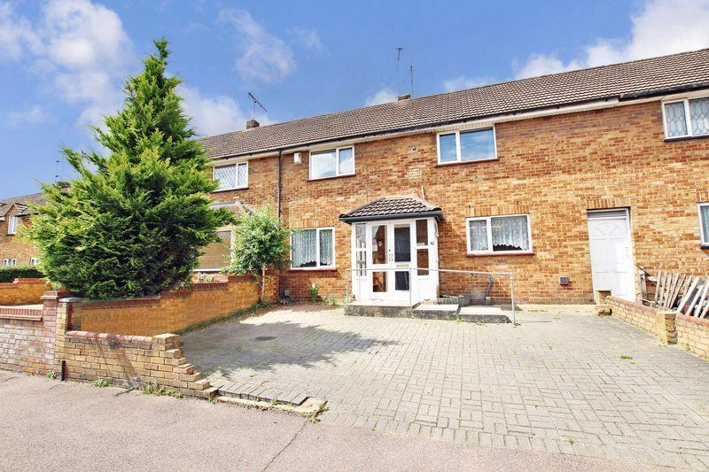 4 Bedrooms Terraced House for sale in Cloudesley Road, Erith