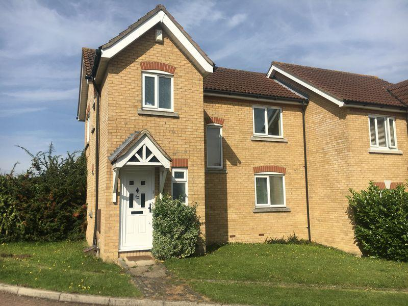 3 Bedrooms Semi Detached House for sale in Rushton Grove, Church Langley