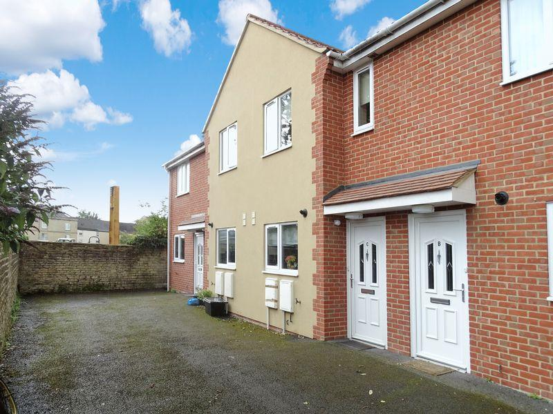 2 Bedrooms Terraced House for sale in Union Street, Melksham