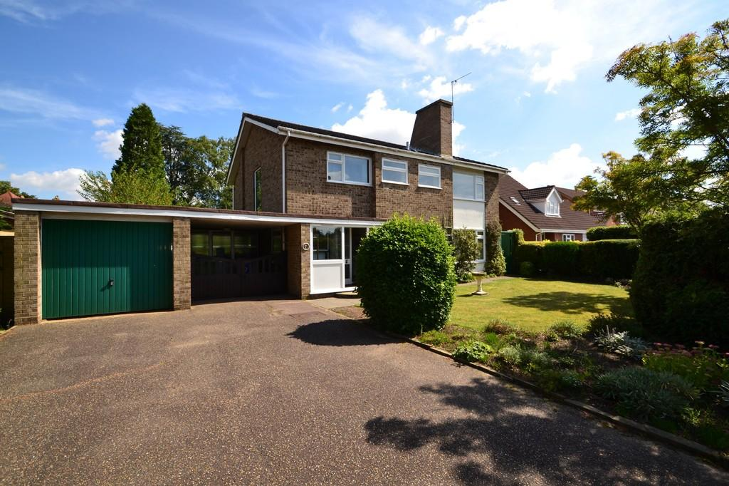 4 Bedrooms Detached House for sale in Sunningdale, Eaton
