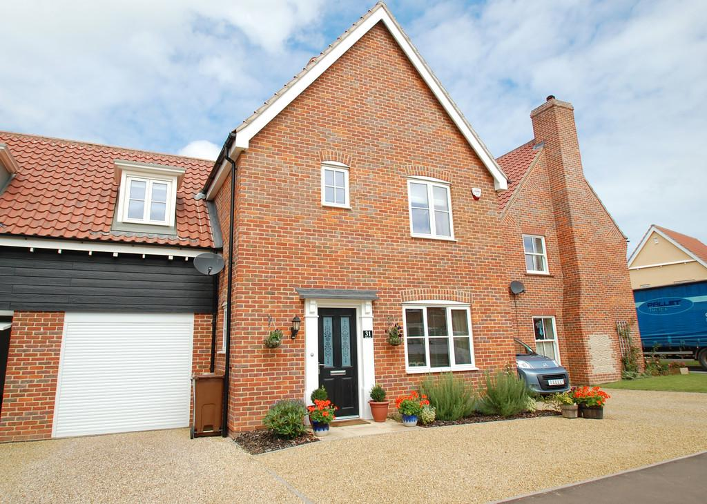 3 Bedrooms Link Detached House for sale in Whiley Lane , Stalham