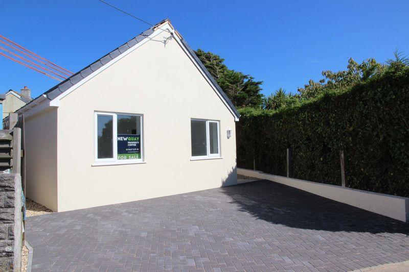 2 Bedrooms Detached Bungalow for sale in Angevran Meadow, Cubert