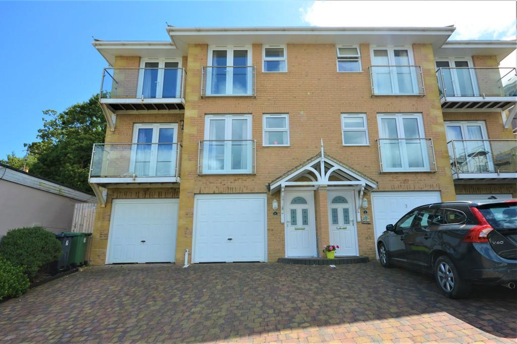 3 Bedrooms Town House for sale in Prospect Road, Shanklin