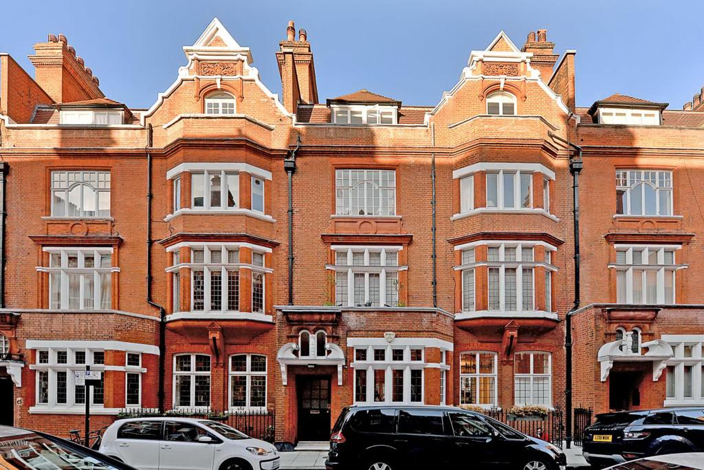 3 Bedrooms Flat for sale in CULFORD GARDENS, CHELSEA, SW3