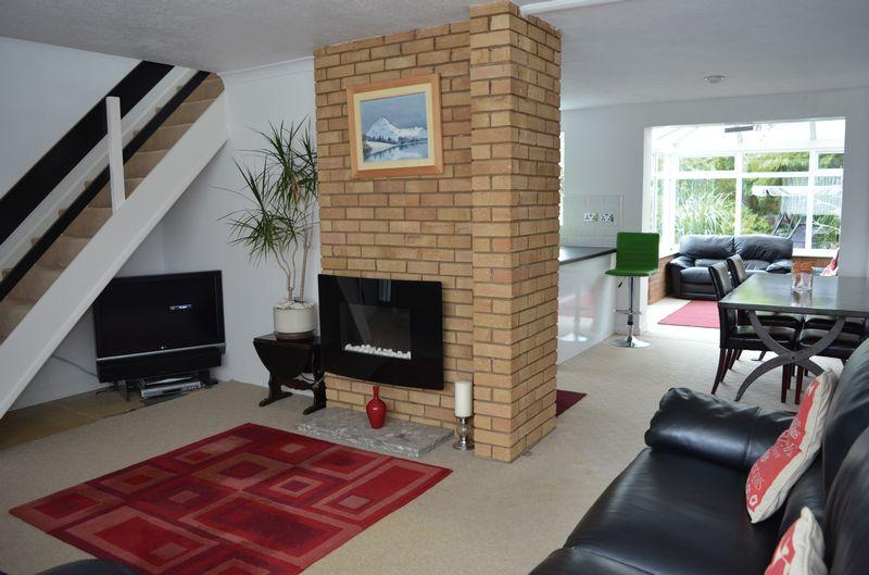 3 Bedrooms Detached House for sale in Cromwell Road, Great Glen