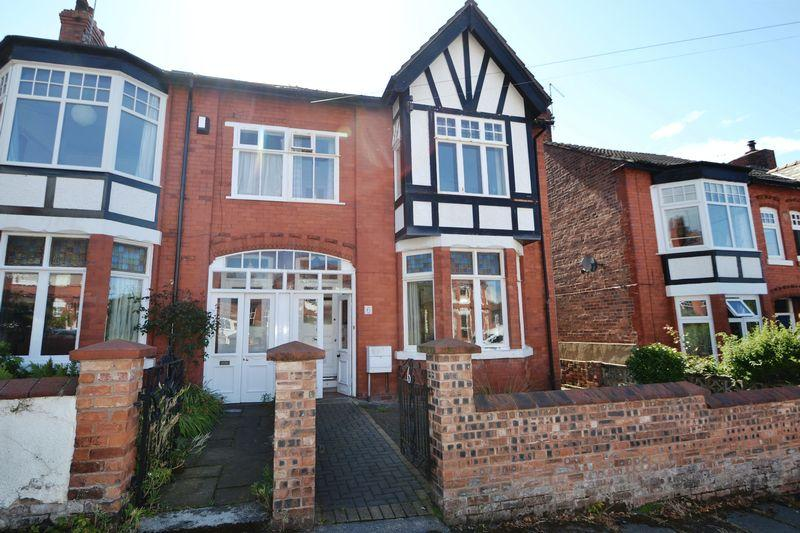 4 Bedrooms Semi Detached House for sale in Grosvenor Avenue, West Kirby