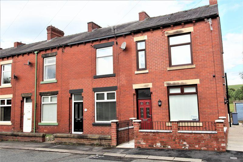 3 Bedrooms End Of Terrace House for sale in Todmorden Road, Littleborough