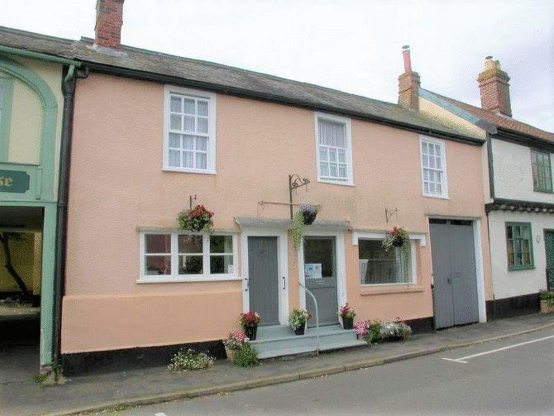 3 Bedrooms Terraced House for sale in Church Street, Eye
