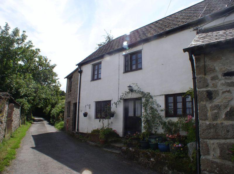 3 Bedrooms Semi Detached House for sale in The Forge, Throwleigh