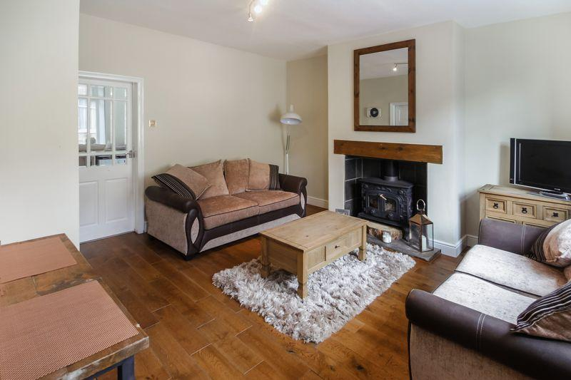 3 Bedrooms House for sale in Chapel Street, Halifax