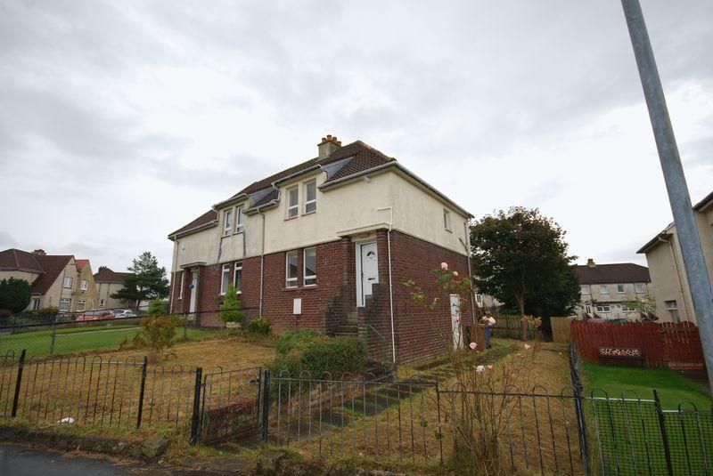 2 Bedrooms Semi-detached Villa House