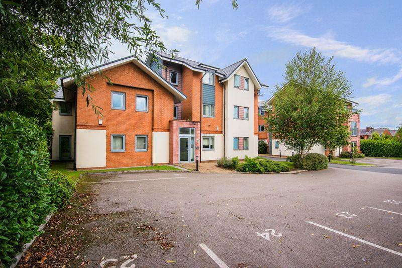 2 Bedrooms Apartment Flat for sale in Bevan View, Warrington
