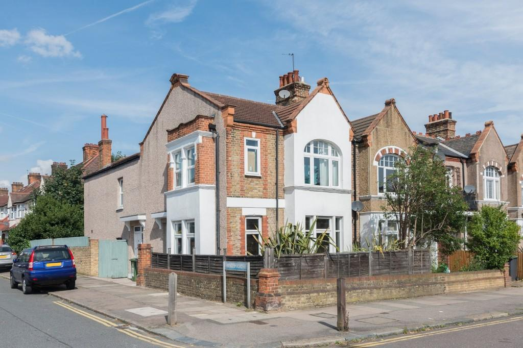 3 Bedrooms Flat for sale in Stondon Park, SE23