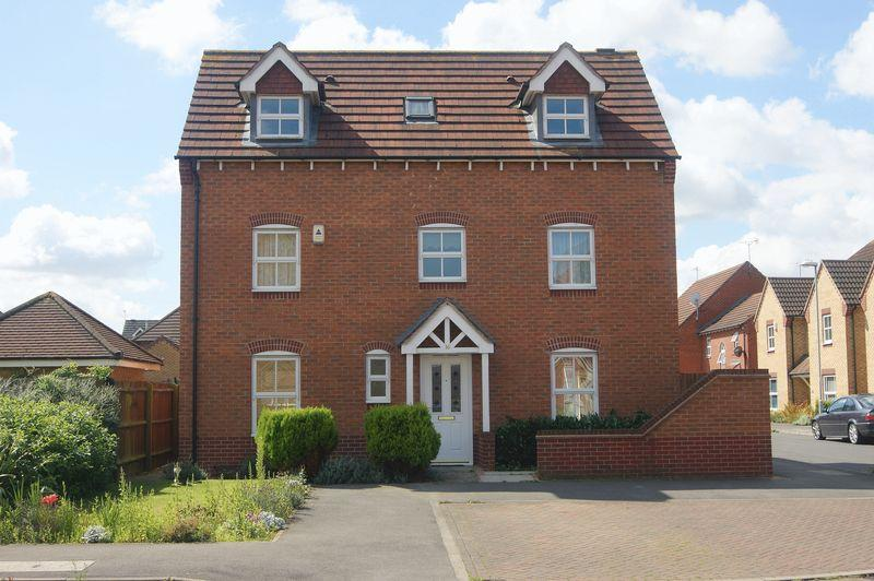 4 Bedrooms Detached House for sale in John Gold Avenue, Newark