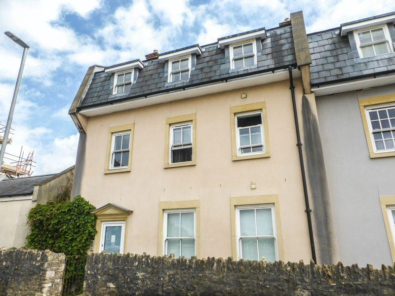 2 Bedrooms Apartment Flat for sale in Waterloo Road, Shepton Mallet