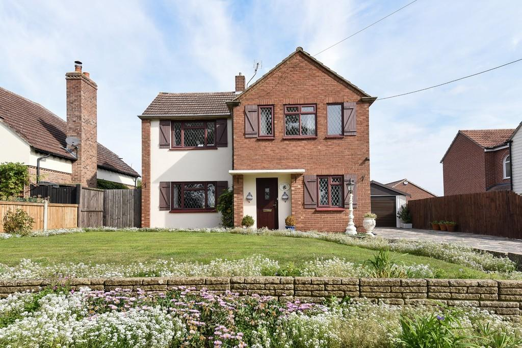 3 Bedrooms Detached House for sale in Abberton Road, Layer-de-la-Haye