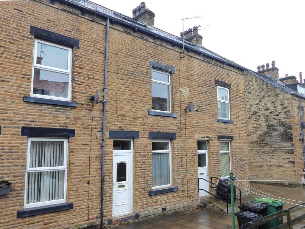 2 Bedrooms Terraced House for sale in Armstrong Street, Farsley