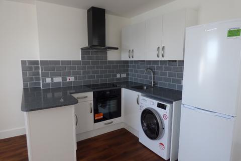 Studio to rent - Adur Views, High Street, Shoreham-By-Sea, West Sussex, BN43