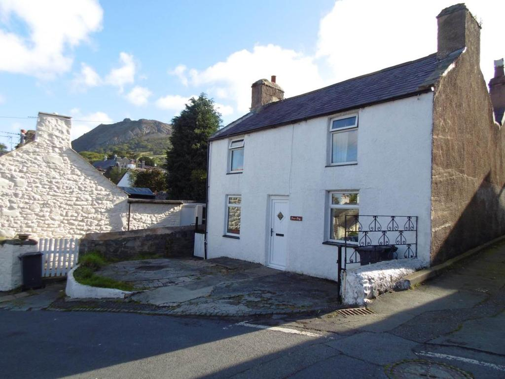 3 Bedrooms Cottage House for sale in Pen Y Bryn Road, Llanfairfechan, LL33 0UA