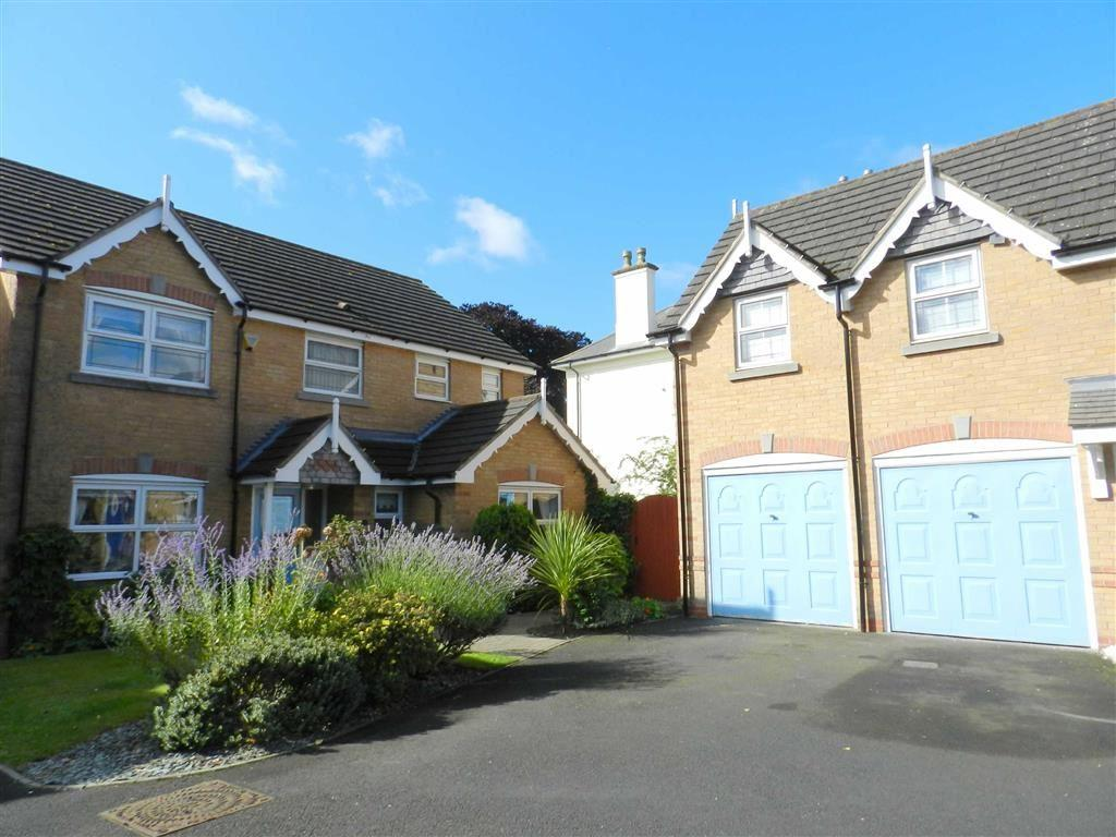 4 Bedrooms Detached House for sale in Bealeys Close, Bloxwich, Walsall