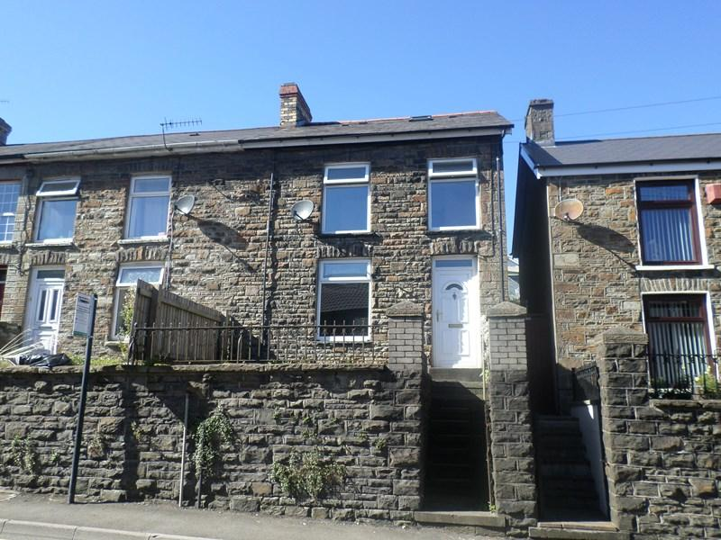 2 Bedrooms End Of Terrace House for sale in High Street, Cymmer, Porth