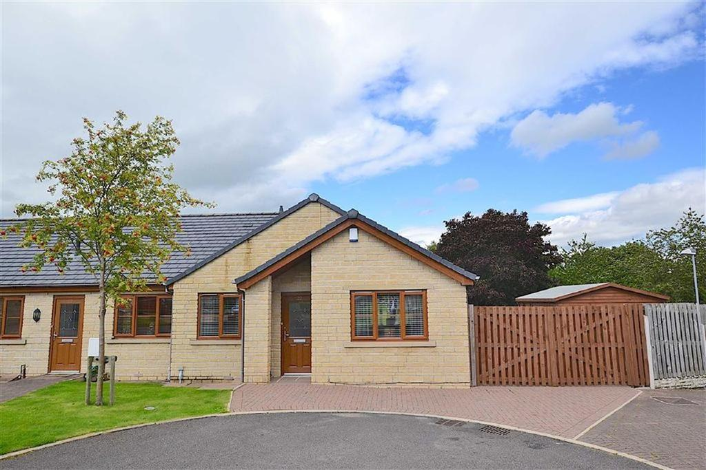3 Bedrooms Semi Detached Bungalow for sale in Groveside Park, Burnley, Lancashire