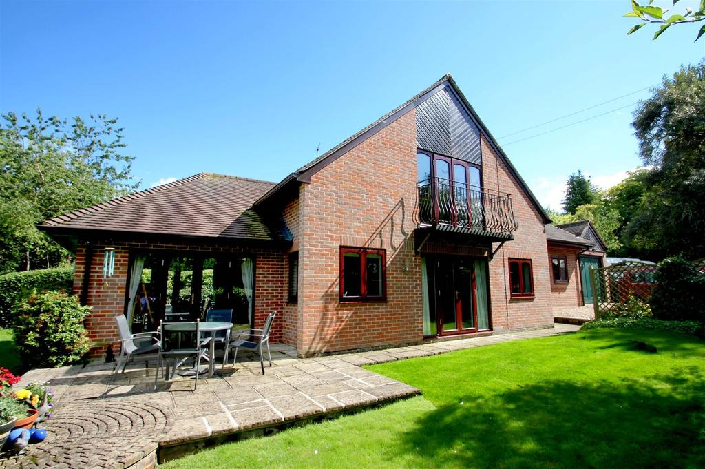 3 Bedrooms Detached House for sale in Hill Road, WATLINGTON