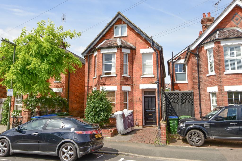 1 Bedroom Ground Maisonette Flat for sale in Weybridge KT13