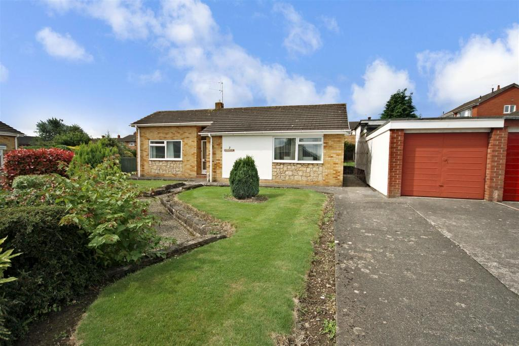 3 Bedrooms Detached Bungalow for sale in Findon Drive, Oswestry