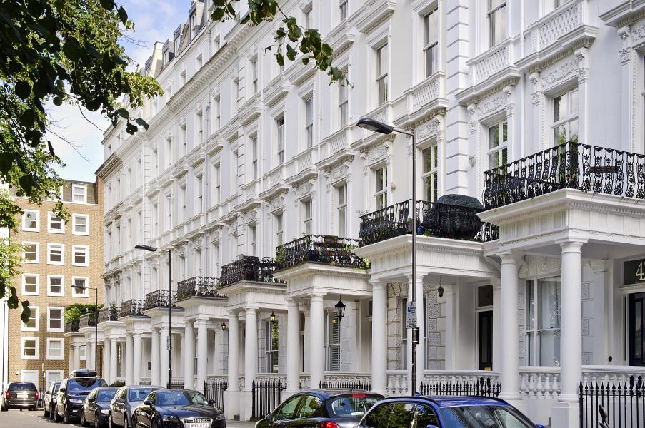 2 Bedrooms Apartment Flat for sale in St Stephens Gardens, Notting Hill, W2