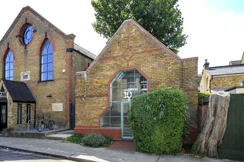 Property to rent - Sutton Lane North, London, W4