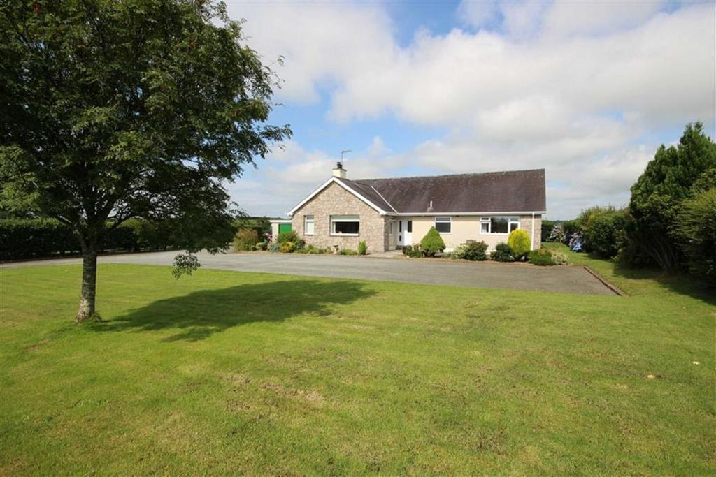 3 Bedrooms Detached Bungalow for sale in Penmynydd Road, Menai Bridge, Anglesey, LL59