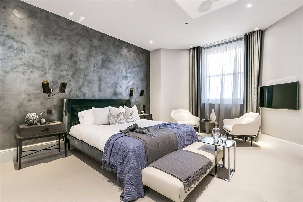 2 Bedrooms Flat for sale in Southwell Gardens, South Kensington, London