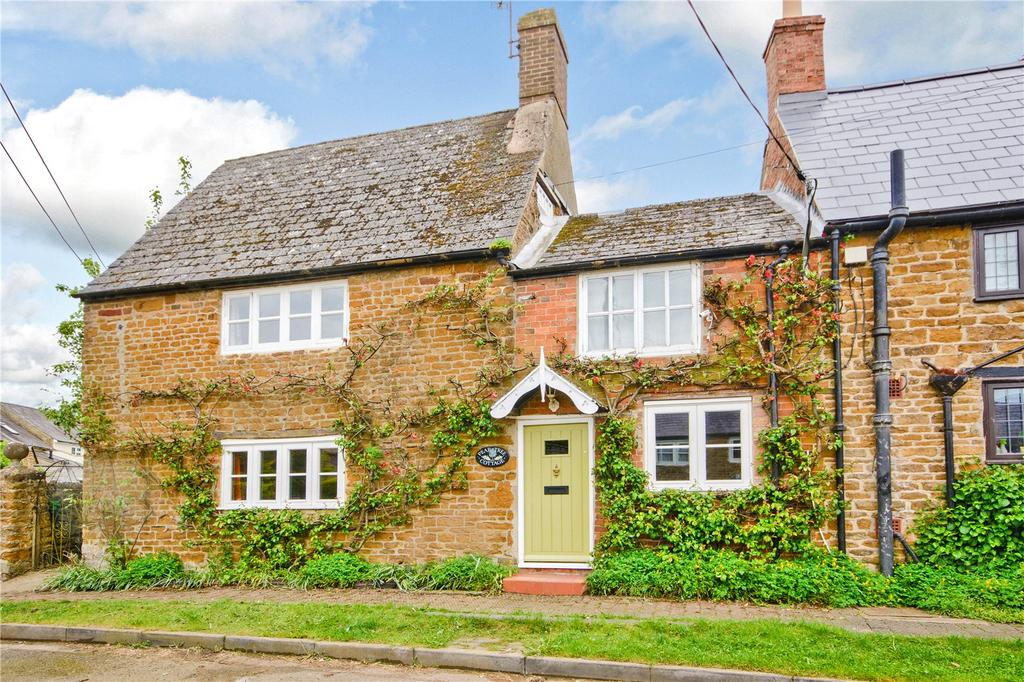 3 Bedrooms Semi Detached House for sale in Wardington, Banbury, Oxfordshire