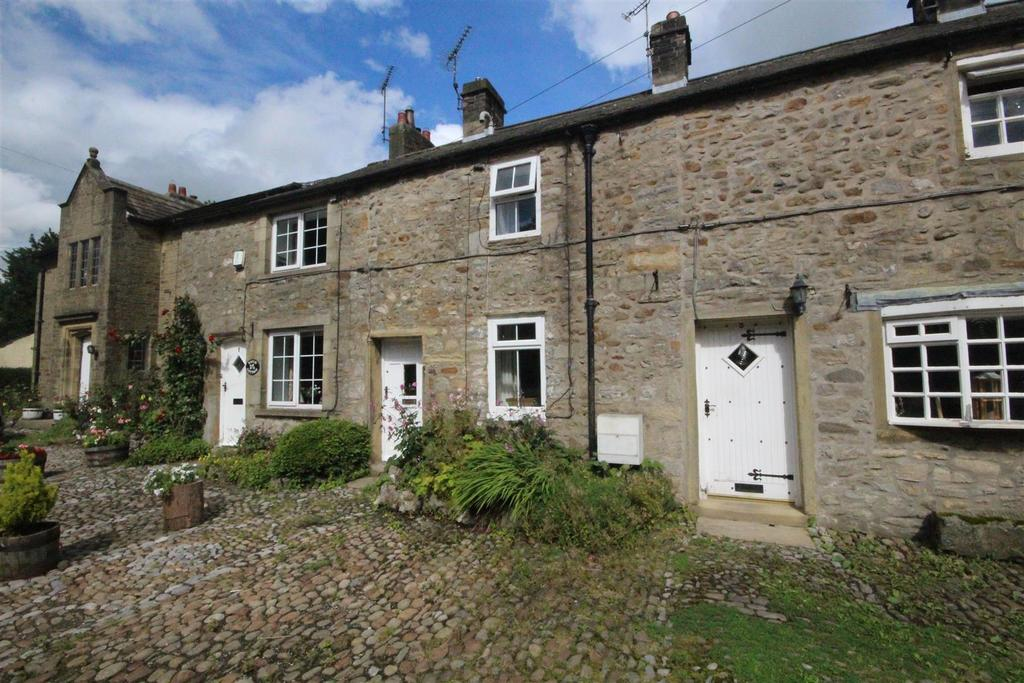 2 Bedrooms Terraced House for sale in 2 Gisburn Road, Hellifield, Skipton