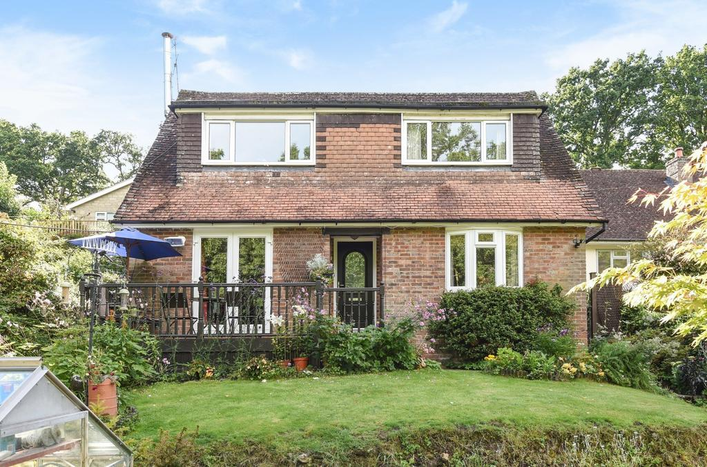 4 Bedrooms Detached House for sale in Marley Lane, Camelsdale, Haslemere, GU27