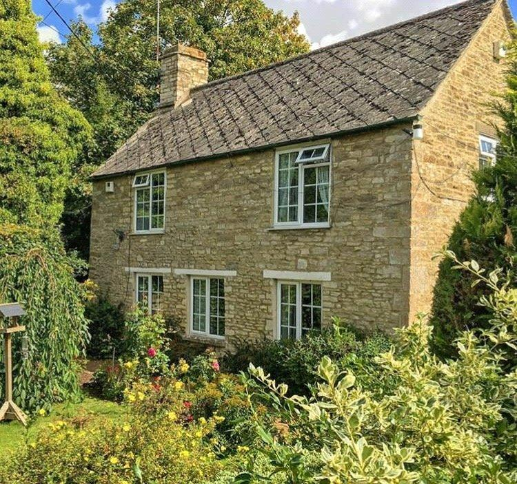 3 Bedrooms Detached House for sale in Somerford Keynes, Cirencester, Gloucestershire
